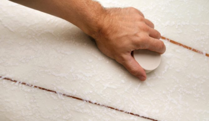 how to wax a surfboard