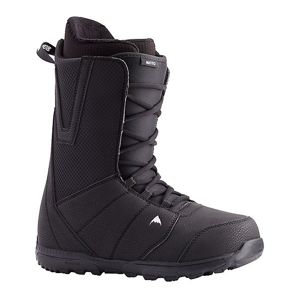 traditional lacing snowboard boots